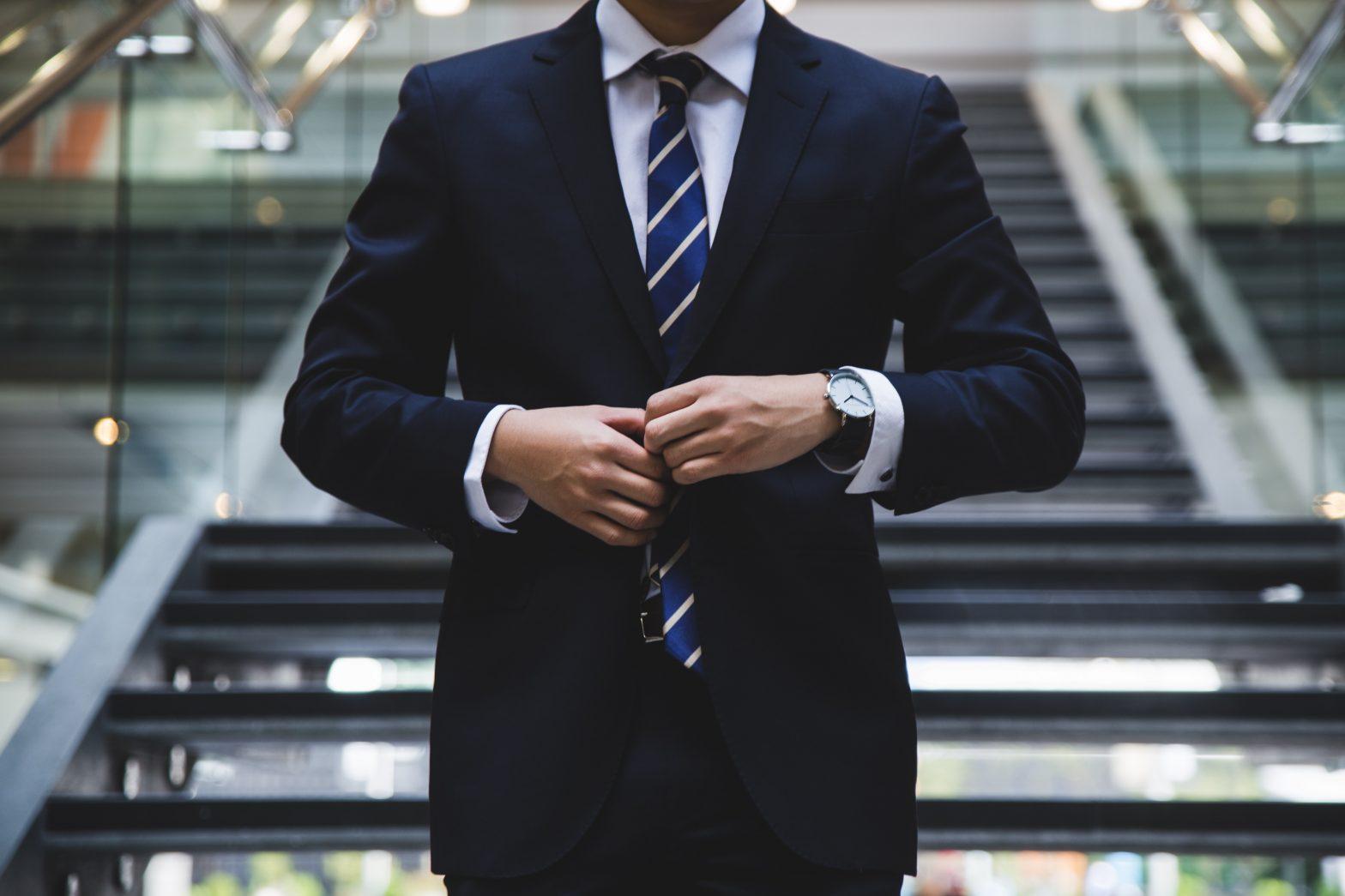 B2B: איך מוכרים ללקוח יותר מקצועי ממני?
